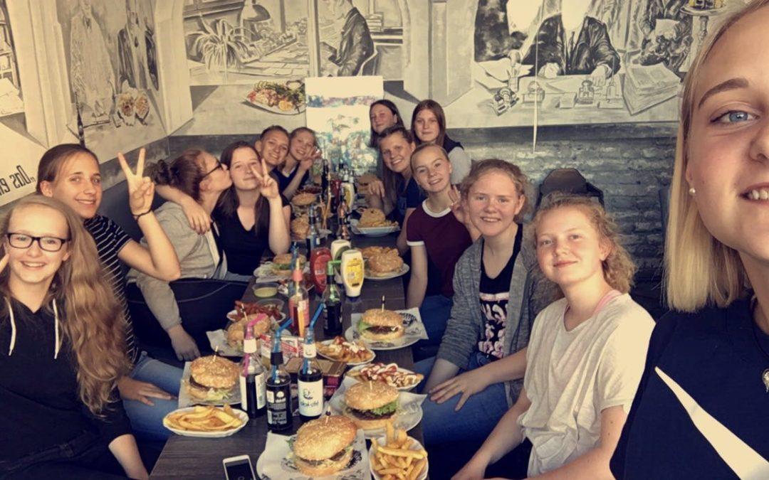 Kleine Abschlussfeier mit meinen FHC-Girls